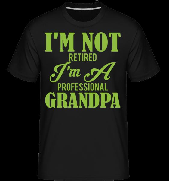 Nejsem důchodci - Shirtinator tričko pro pány - Černá - Napřed